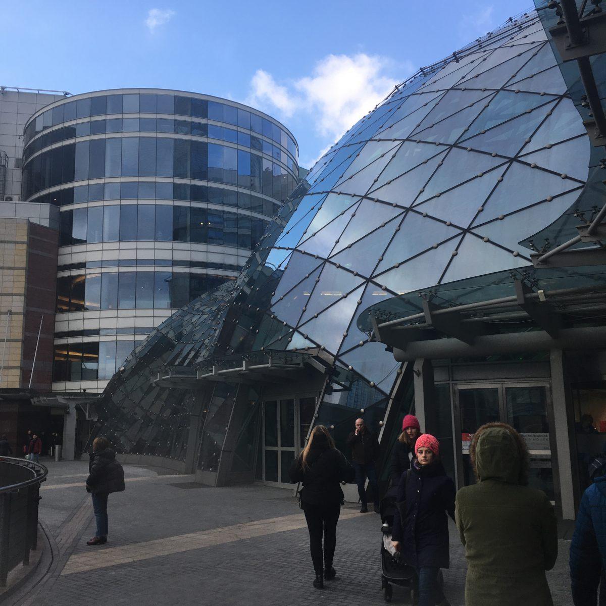 Varsovan ostoskeskukset