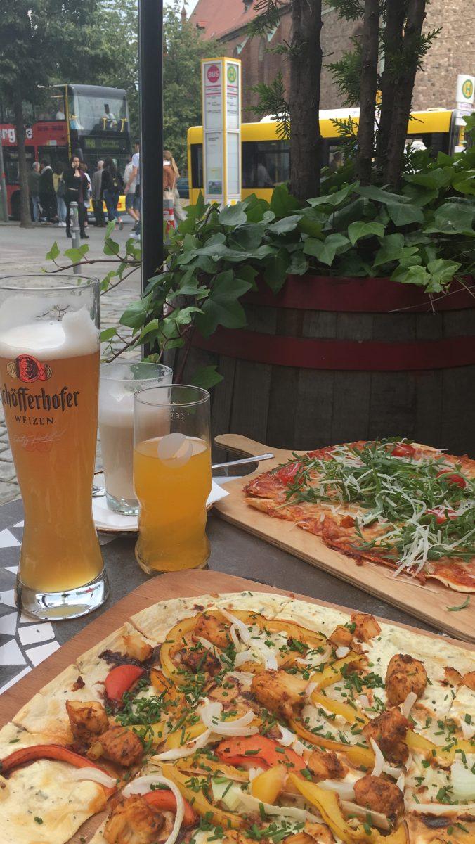 Berliini ruokailu